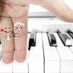 wedding fingers piano